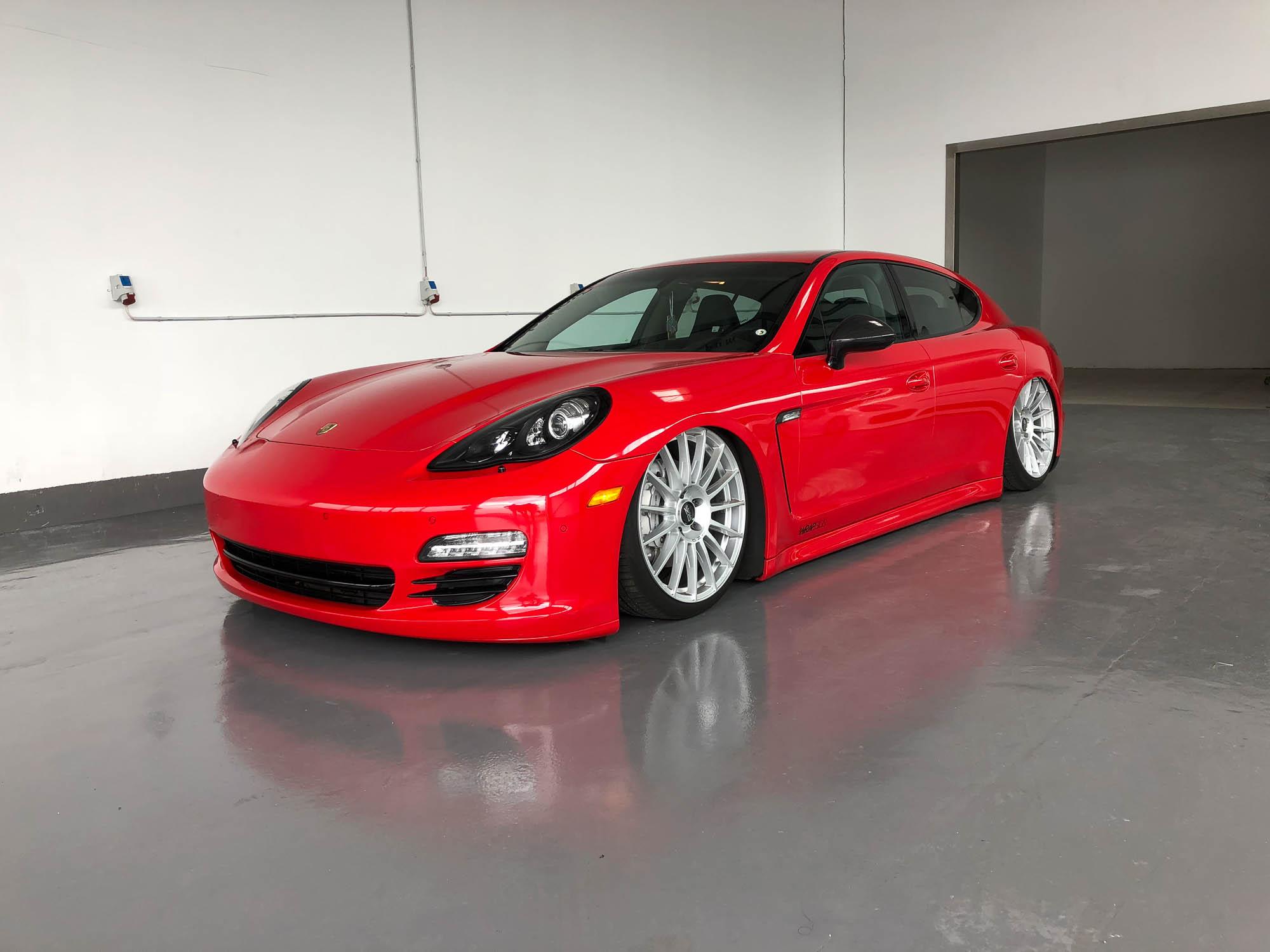 Porsche Panamera in Avery Carmine red gloss