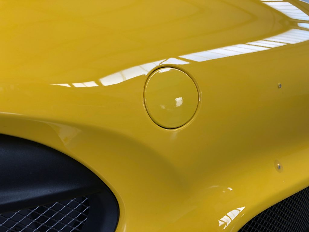 Porsche GT4 mit Design und Lackschutzfolie