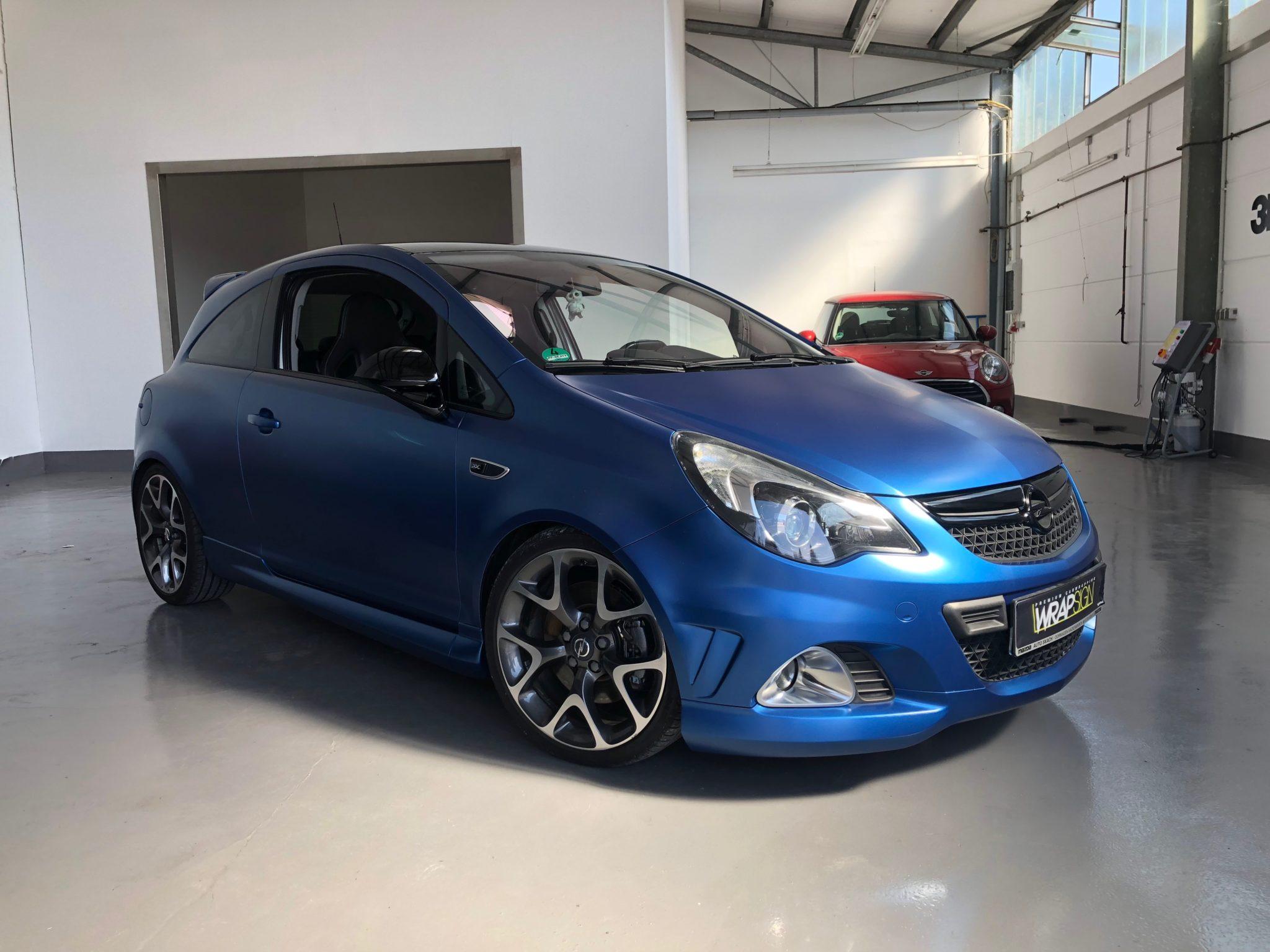 Opel Corsa OPC in Avery blau matt
