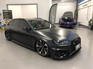 Audi RS4 b9 Satin Perl Nero Avery