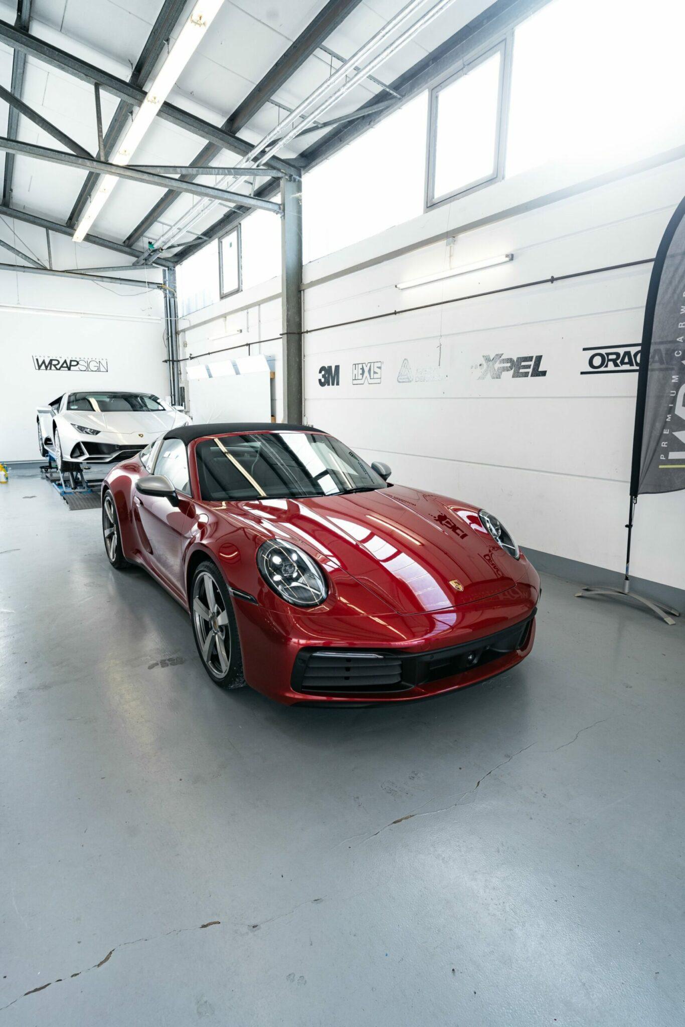 Porsche Targa 992 4S Vollfolierung Seitenansicht